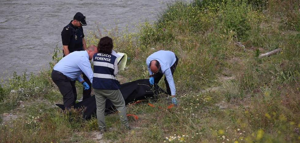 Aparece el cadáver de un individuo en la orilla del río Genil por el Camino de Purchil