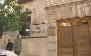 El CES aprueba la supresión de la Gerencia de Urbanismo y la Escuela Taller