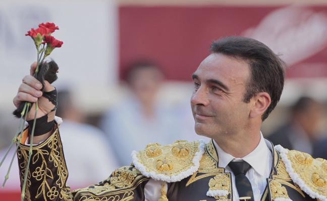 Enrique Ponce y Navas, unidos en la reinauguración de la plaza de toros