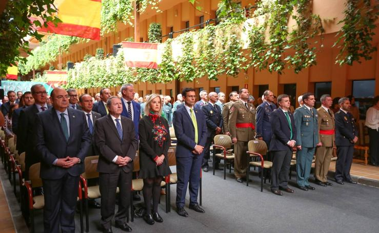 La Guardia Civil en Granada celebra su 174 aniversario fundacional con entrega de reconocimientos