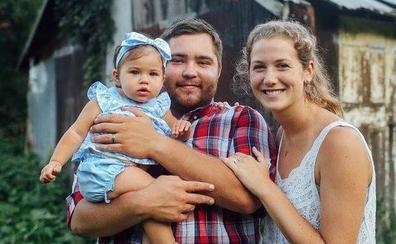 Una madre y su bebé mueren arrolladas en la calle por una carrera ilegal