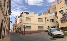 Derribarán 15 inmuebles junto a la Alcazaba para mejorar su entorno
