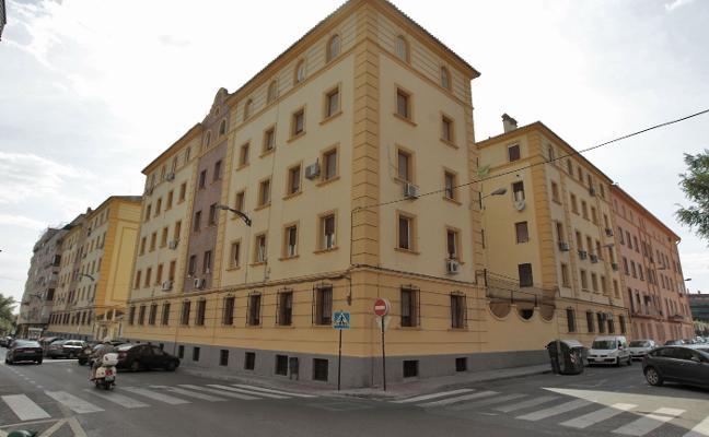 Urbanismo ordena derribar seis 'miniviviendas' construidas de manera ilegal en un céntrico piso