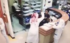 Apuñala sin parar a un enfermero que se negó a darle unas pastillas