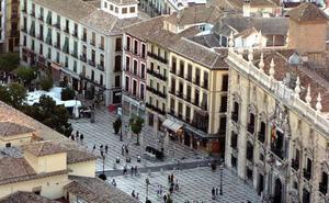 El rodaje de una serie internacional en Granada provoca varios cortes de aparcamiento esta semana