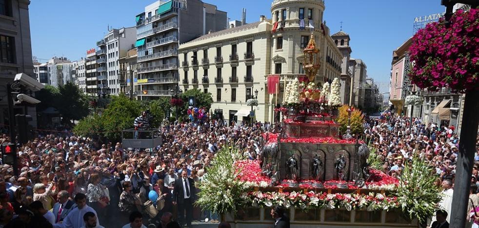 La procesión del Corpus de Granada brilló como el sol