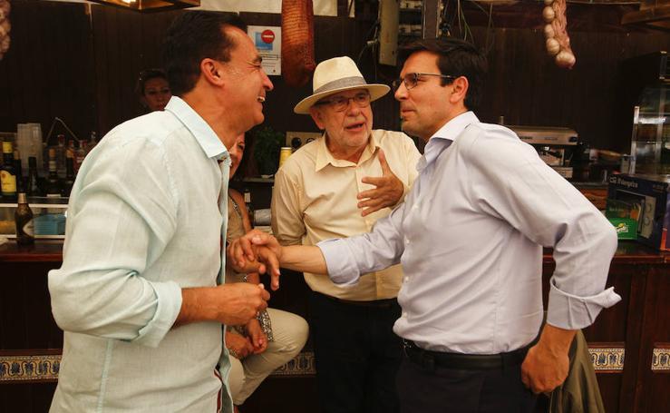 La caseta del PSOE de Granada celebra la presidencia de Pedro Sánchez