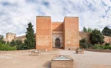La Alhambra abre al público este mes la enigmática Puerta de los Siete Suelos