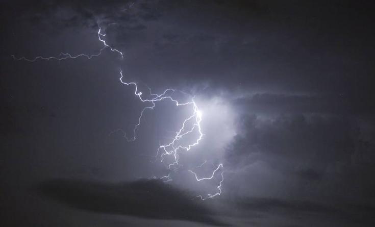 Las tormentas eléctricas y las precipitaciones serán las protagonistas de hoy en Granada