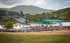 La exhibición de la Armada, llena de público el FIA