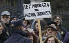 El nuevo Gobierno quiere derogar la 'ley mordaza' como primer gesto