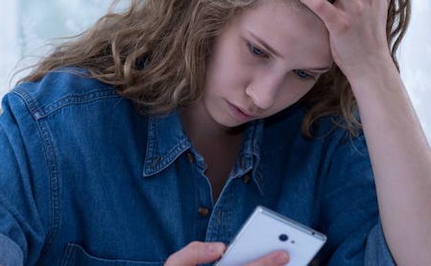 Uno de cada cuatro casos de ciberacoso a menores es de un - Casos de ciberacoso en espana ...