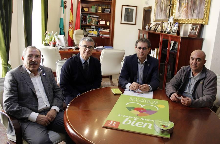 Berja se suma a la campaña en apoyo al cultivo bajo plástico