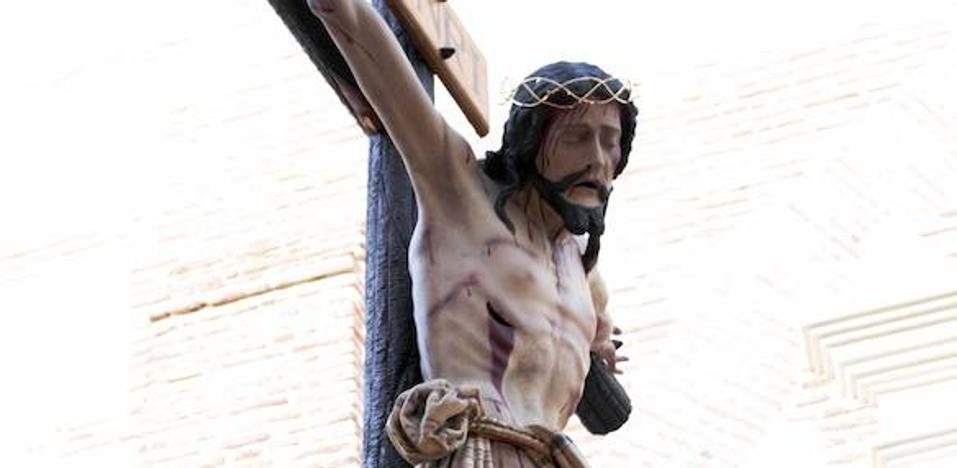 """El Cristo de Alonso de Mena, una """"joya"""" en la Semana Santa de Adra"""