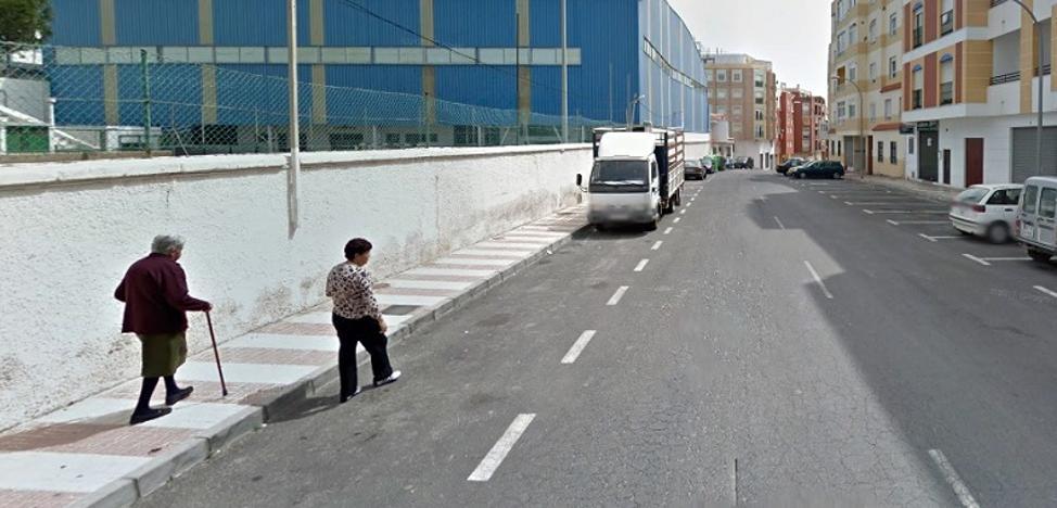 Fallece un trabajador al sufrir una caída desde seis metros de altura en Adra