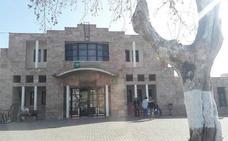 Detenido por amenazar con arma blanca a un médico en Berja