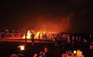 Adra permite hacer hogueras de San Juan en todas las playas, excepto en San Nicolás y El Censo
