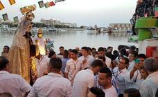 La Virgen del Carmen desfilará fuera del muelle en su día grande