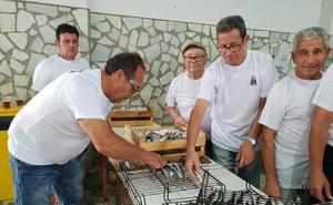 La lonja de Adra recupera la moraga de sardinas