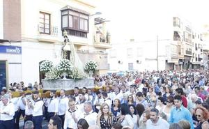 Adra celebra el día grande de la Virgen del Carmen