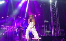 La voz de Pastora Soler marca el inicio de los Festivales de Berja