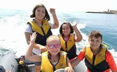 La escuela de verano del Club Náutico, una nueva experiencia para disfrutar del mar