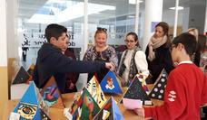 Alumnos de La Ermita exponen su primera 'galería de arte' en Berja