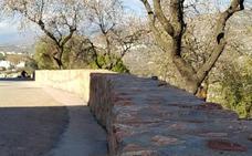 Terminan las obras en la calle Muro de Fondón