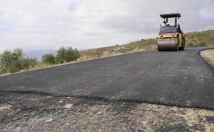 Las obras en la carretera de El Trebolar finalizan «la próxima semana»