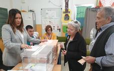 La participación supera el 50 por ciento en Adra y en la Baja Alpujarra
