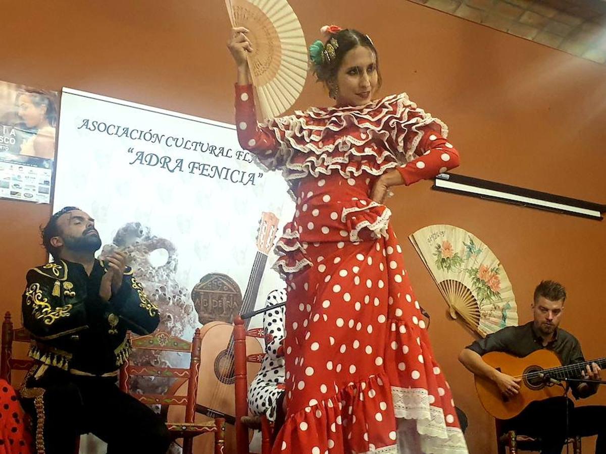 El flamenco despierta en Adra