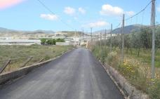 Berja adecenta una decena de caminos rurales