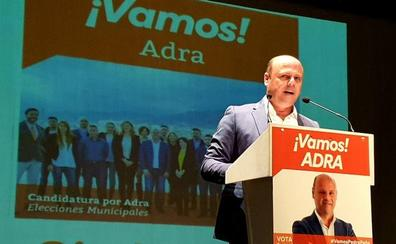 Peña: «Adra es el único pueblo de la costa mediterránea que no tiene un hotel abierto»