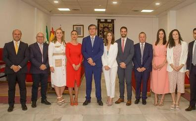 Manuel Cortés reorganiza su equipo de gobierno