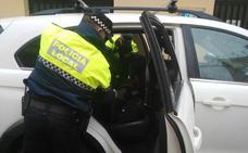La Policía Local detiene en Adra a un individuo «peligroso» con antecedentes