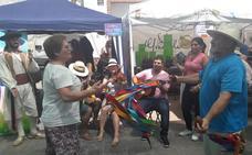 La juerga y el rock deja paso a la música alpujarreña en Adra