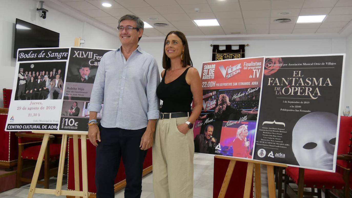 Teatro, flamenco y los finalistas de La Voz Senior, en la antesala de la Feria de Adra