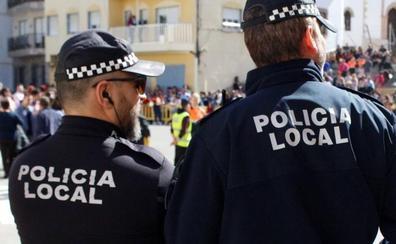 Adra reivindica que la labor de la Policía Local sea considerada «profesión de riesgo»
