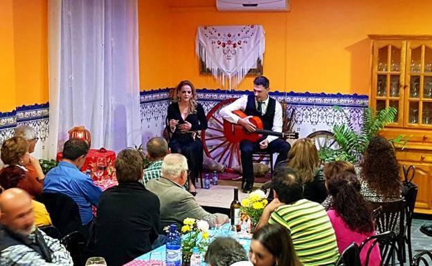 Nuevo recital flamenco de Adra Fenicia