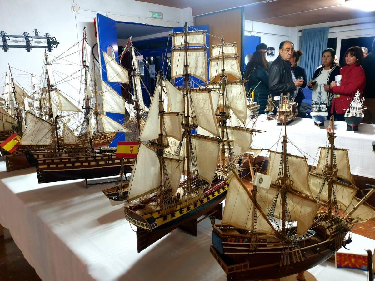 El Juan Sebastián Elcano 'regresa' a Adra en forma de exposición