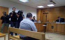El concejal acusado por la muerte de un niño de Alcalá la Real al lanzar cohetes acepta una multa