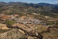La ruta de senderismo 'Los Velillos' comunica ambas Riberas