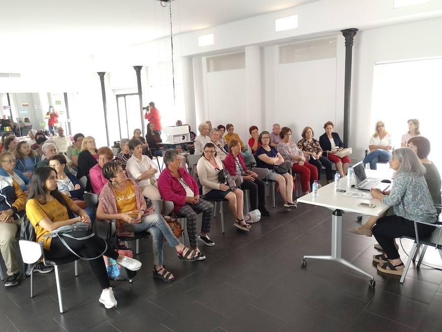 Alrededor de quinientas personas participaron en la última edición del programa Tejuela Activa