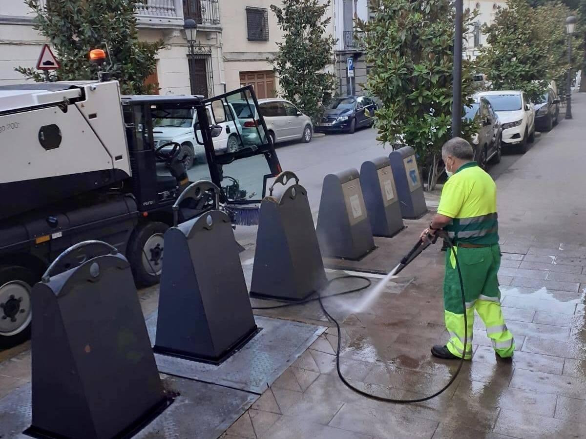 Más limpieza en las calles que se suma a las desinfecciones por la Covid- 19