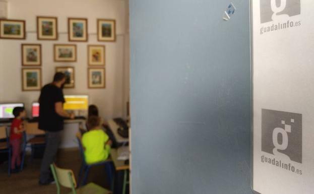 El centro Guadalinfo de Santa Ana y La Rábita oferta diferentes cursos para septiembre
