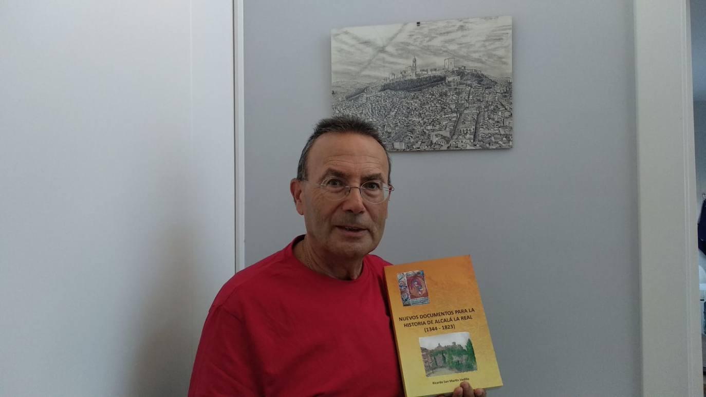 Ricardo San Martín presenta nuevo libro vinculado a la investigación local