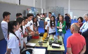 El Pabellón deportivo de Albox acoge la I Muestra de Buenas Prácticas Educativas en el ámbito científico-tecnológico