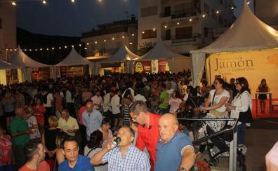 Masivo apoyo a la Feria del Jamón de Serón