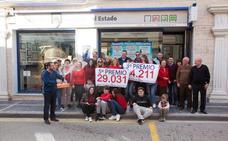 Tíjola reparte la alegría de nuevo con un Tercer y Quinto premio en la lotería de Navidad