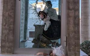 Detenido por destrozar una virgen en Purchena y quemar dos coches en Olula del Río